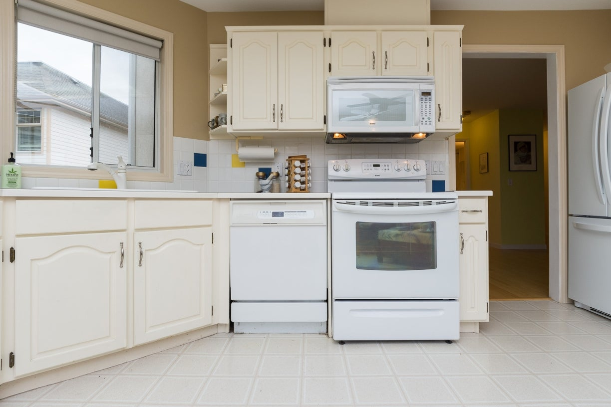 204 1327 Best Street - White Rock Apartment/Condo for sale, 2 Bedrooms (R2032312) #14
