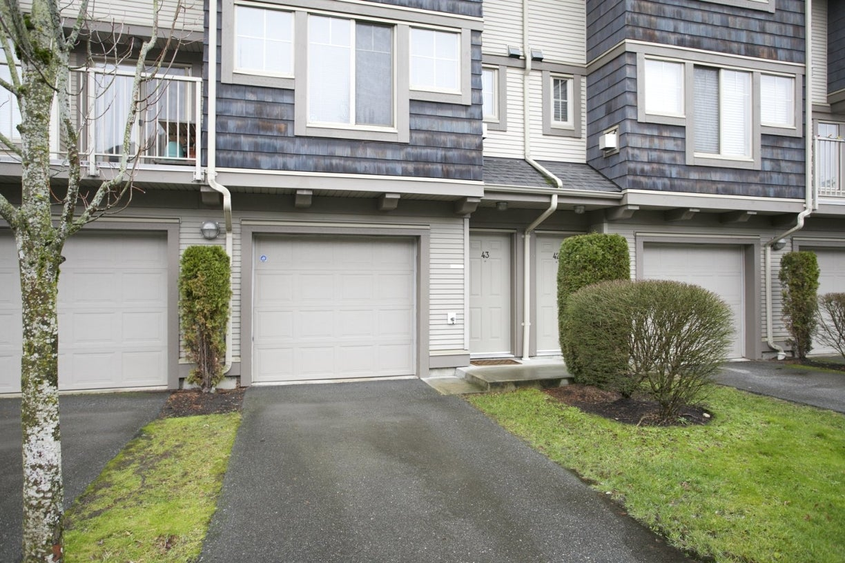 43 20761 Duncan Way - Langley City Townhouse for sale, 3 Bedrooms (R2019342) #2