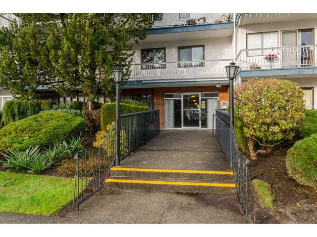 103 17707 57A AVENUE - Cloverdale BC Apartment/Condo for sale, 2 Bedrooms (R2132305) #2