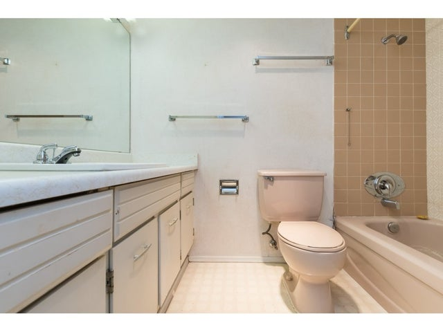 202 1444 MARTIN STREET - White Rock Apartment/Condo for sale, 1 Bedroom (R2296589) #16