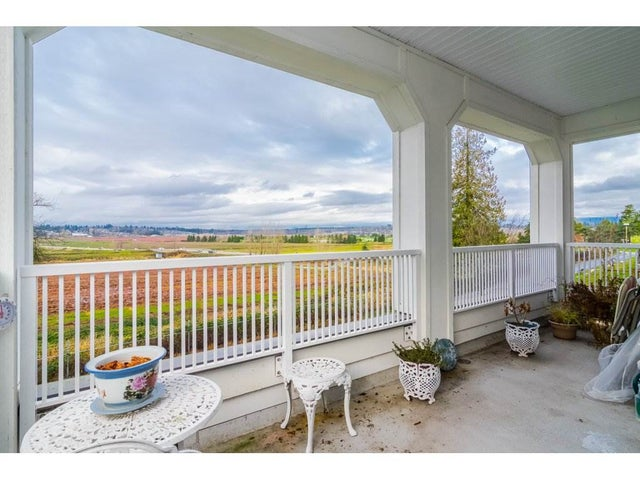 204 16380 64 AVENUE - Cloverdale BC Apartment/Condo for sale, 2 Bedrooms (R2325368) #16