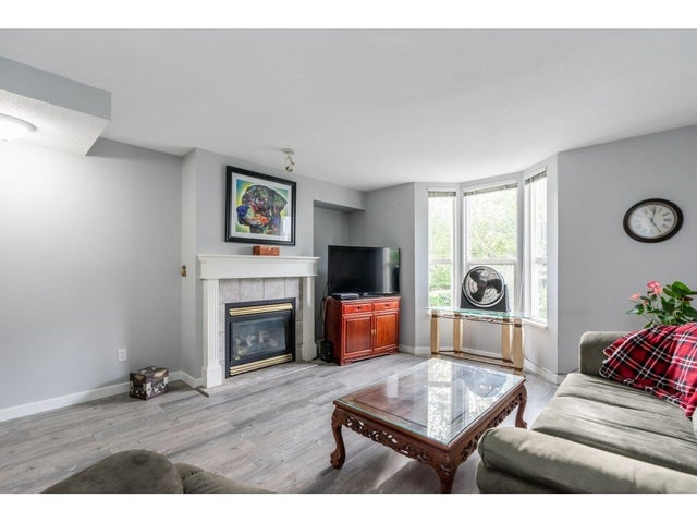 15 9559 130A STREET - Queen Mary Park Surrey Townhouse for sale, 2 Bedrooms (R2510074) #6